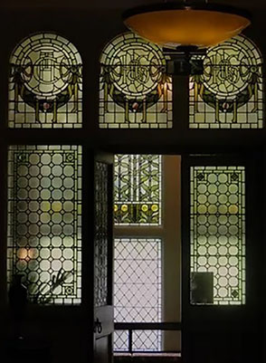in-situ-repairs-stained-glass conservation